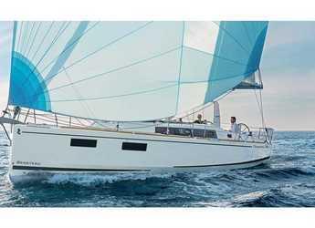 Chartern Sie segelboot in Salerno - Oceanis 38.1 (3Cab)