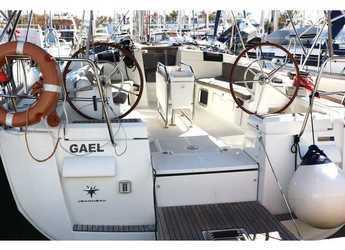 Rent a sailboat in Marina San Miguel - Sun Odyssey 439
