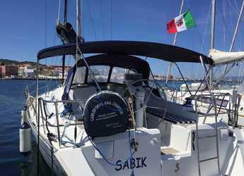 Rent a sailboat in Cagliari - Oceanis 393 Clipper