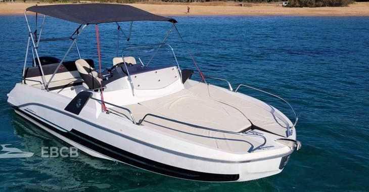 Rent a motorboat in Club Nautic Costa Brava - Beneteau Flyer