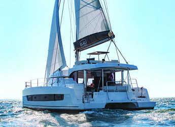 Rent a catamaran in Playa Talamanca - Bali Catspace SOMNIS