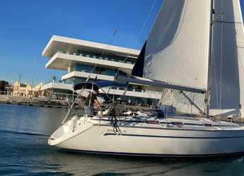 Alquilar velero en Real Club Náutico de Valencia - Bavaria 38 Cruiser