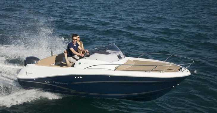 Rent a motorboat in Puerto de blanes - Jeanneau Cap Camarat 6.5 WA
