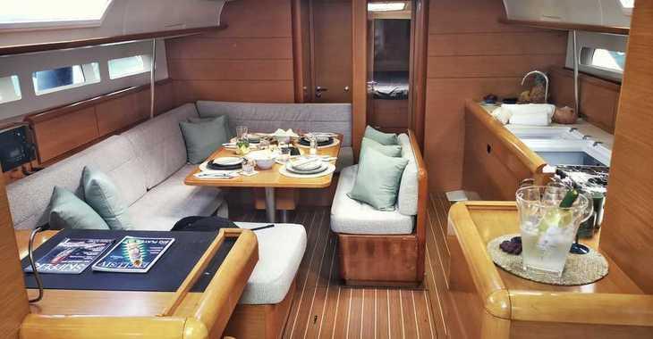 Rent a sailboat in Marina el Portet de Denia - Jeanneau Sun Odyssey 509