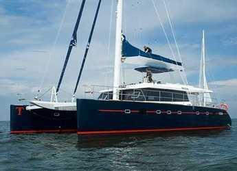 Rent a catamaran in Club Náutico Ibiza - Sunreef 62TU