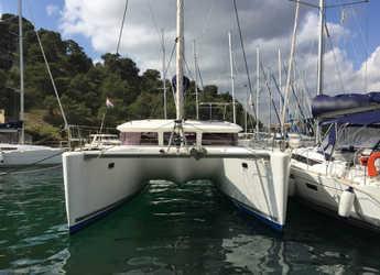 Rent a catamaran in Marina Baotić - Lagoon 400 S2 - 3 + 2 cab.