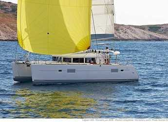 Rent a catamaran in Lavrion - Lagoon 400 OW - 3 + 2 cab.