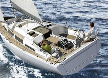 Rent a sailboat in Port Roses - Hanse 345
