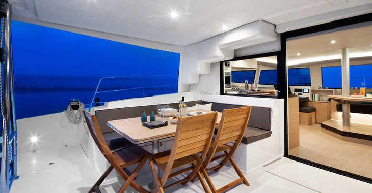 Rent a catamaran in Harbour View Marina - Bali 4.5 - 4 + 2 cab.