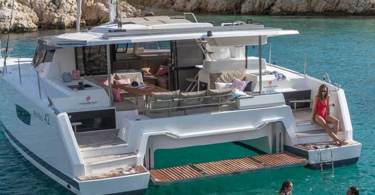 Rent a catamaran in Harbour View Marina - Fountaine Pajot Astrea 42 - 4 + 2 cab.