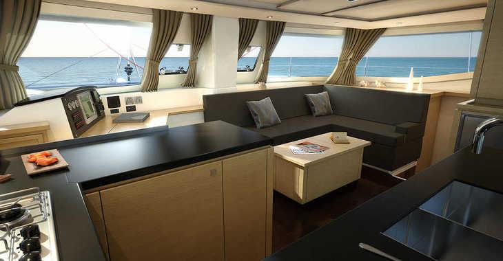 Rent a catamaran in Harbour View Marina - Helia 44 - 4 + 2 cab.