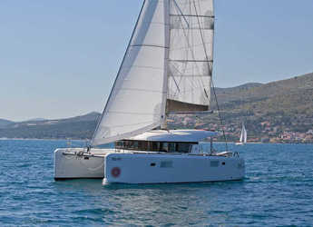Rent a catamaran in SCT Marina Trogir - Lagoon 39 - 4 + 2 cab.