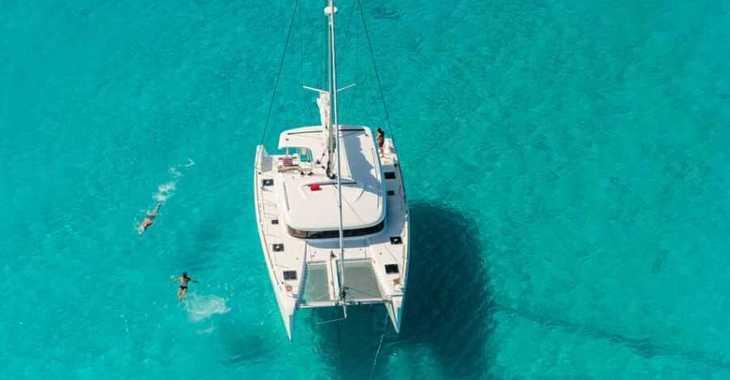Rent a catamaran in Harbour View Marina - Lagoon 39 - 4 + 2 cab.