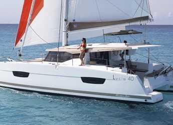 Alquilar catamarán en Port Louis Marina - Fountaine Pajot Lucia 40