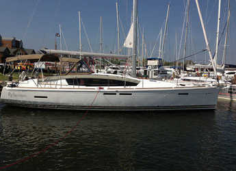 Rent a sailboat in Harbour town marina - Sun Odyssey 44 DS - 2 cab.