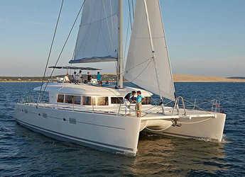 Rent a catamaran in Marina Bas du Fort - Lagoon 620 - 6 + 2 cab.