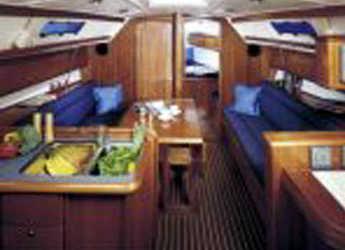 Rent a sailboat in Lefkas Nidri - Bavaria 36 Cruiser