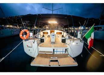 Rent a sailboat in Marina Cala di Medici - Sun Odyssey 490