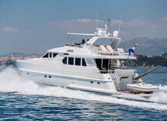 Chartern Sie yacht in Stobreč Port - Moonen 65