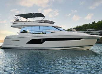 Rent a yacht in Stobreč Port - Prestige 520 Fly