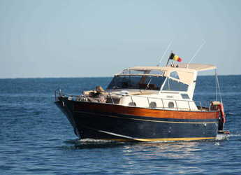 Rent a motorboat in Marina el Portet de Denia - Apreamare 9
