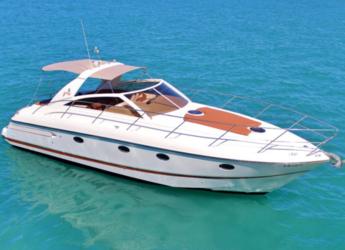 Rent a yacht in Marina Botafoch - Open