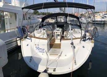 Rent a sailboat in Marina Zadar - Bavaria 44