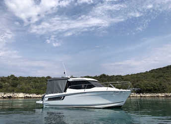 Rent a motorboat in Marina Zadar - Merry Fisher 695