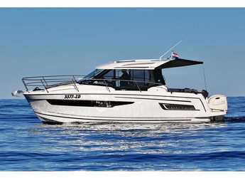 Rent a motorboat in Marina Zadar - Merry Fisher 895
