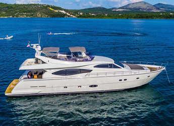 Rent a yacht in Marina Baotić - Ferretti 760