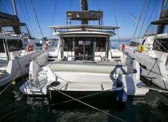 Alquilar catamarán en Kavala - Bali 4.3