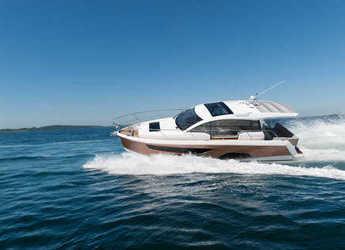 Rent a yacht in Marina Gouvia - Sealine C330