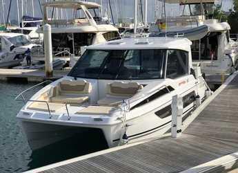 Rent a power catamaran  in Tradewinds - Aquila 36