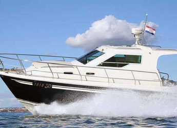 Rent a motorboat in Sangulin Marina - Vektor 950