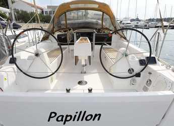 Rent a sailboat in Marina Mandalina - Dufour 350 GL