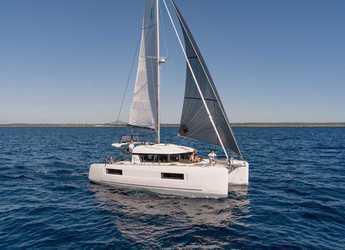Rent a catamaran in Sangulin Marina - Lagoon 40 - 4 + 2 cab