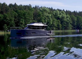 Rent a yacht in Marina Sukosan (D-Marin Dalmacija) - Futura 40 Grand Horizon