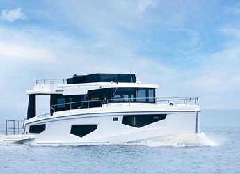 Rent a yacht in SCT Marina Trogir - Seamaster 45