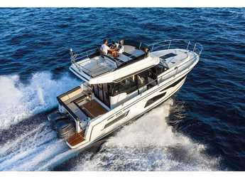 Rent a motorboat in Marina Kornati - Merry Fisher 1095 FLY