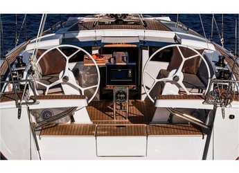 Rent a sailboat in Marine Pirovac - Hanse 388