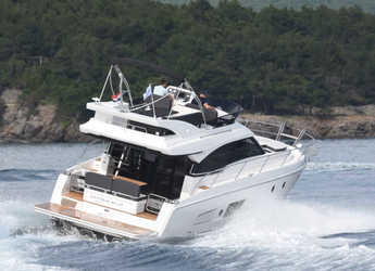 Chartern Sie motorboot in Marina Mandalina - Bavaria Virtess 420 Fly