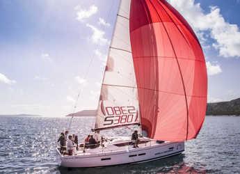 Rent a sailboat in Marine Pirovac - Salona 380