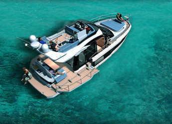 Rent a motorboat in Marina Baotić - Galeon 400 Fly