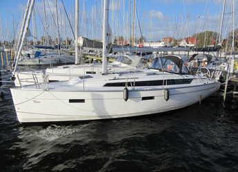 Chartern Sie segelboot in Marina Betina - Bavaria Cruiser 37