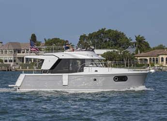Rent a motorboat in Veruda - Swift Trawler 30
