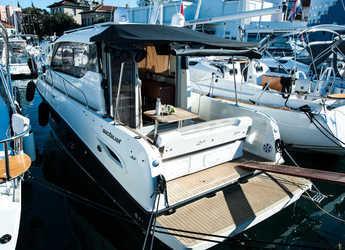 Rent a motorboat in Marina Zadar - Quicksilver 855 Weekend