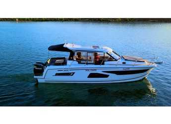 Rent a motorboat in Marine Pirovac - Merry Fisher 1095