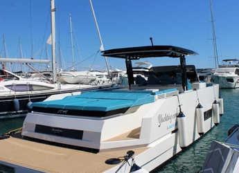 Rent a motorboat in Marina Baotić - De Antonio D42 Open