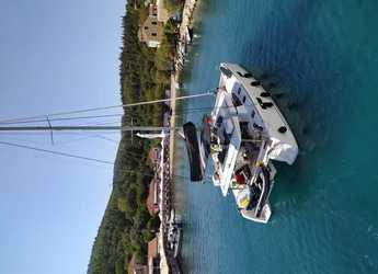 Rent a catamaran in Port of Lefkada - Lagoon 52