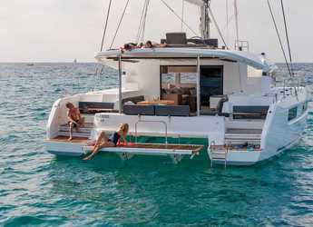 Chartern Sie katamaran in Marina Zeas - Lagoon 50